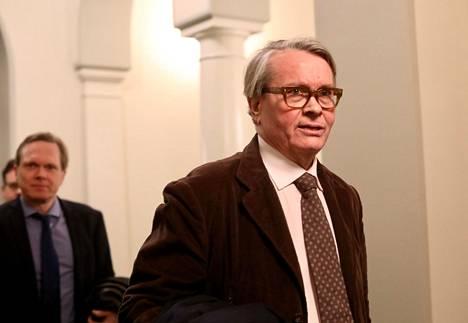 Professori Kaarlo Tuori eduskunnassa keväällä 2019.