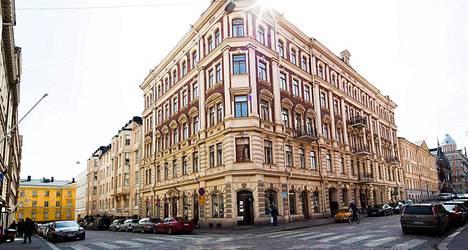 Ravintola Vinkel avataan Pienen Roobertinkadun ja Korkeavuorenkadun kulmaan, jossa toimi ennen antiikkikauppa.