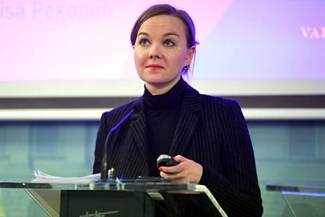 Valtiovarainministeri Katri Kulmuni kertoi 16. maaliskuuta yrityksille suunnatusta tukipaketista.