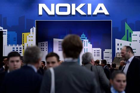 Nokian osake halpeni edelleen maanantaina. Nokia osallistui helmikuussa 2019 matkapuhelinalan tapahtumaan Barcelonassa.