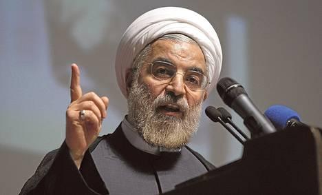 Iranin presidentiksi valittu Hassan Ruhani puhui vaalitilaisuudessa toukokuussa.