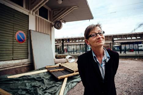 Kohteen rakennuttaa ja rahoittaa tv-tuottaja Liisa Akimof.