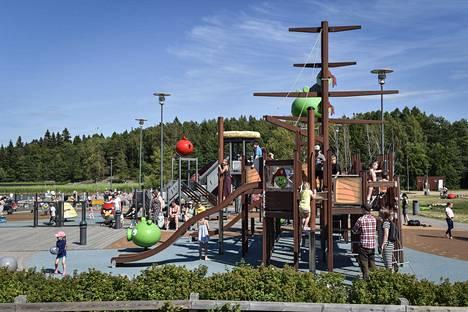 Oittaan Angry Birds -puisto.