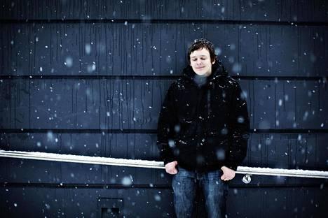 Seppo Boström opiskelee ammattikorkeakoulussa insinööriksi. Vielä vuosi sitten opiskelu olisi ollut aivan liian suuri ponnistus. Nyt se sujuu omaan tahtiin.