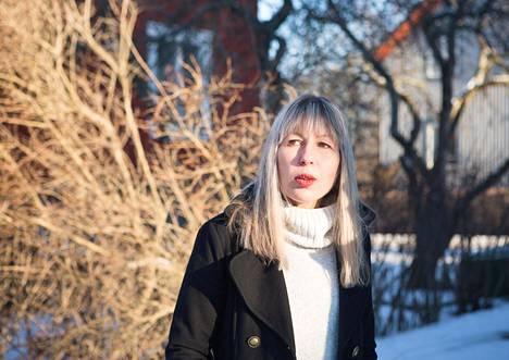 Neljännen polven kumpulalaisen Sari Väntäsen perheen asumismenot voivat 15-kertaistua Helsingin suunnittelemien tonttivuokrakorotusten takia.