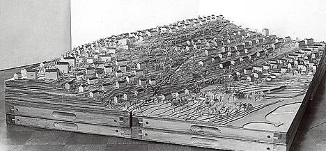 1945 Pispalasta tehtiin malli, jossa rinteillä oli lähinnä kerrostaloja.