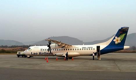 Arkistokuva Lao Airlinen ATR 72-500 lentokoneesta, onnettomuuskone oli samaa tyyppiä.