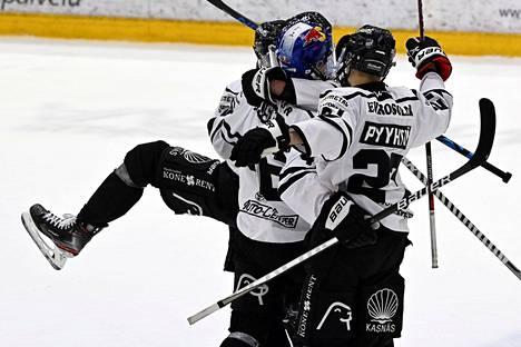 TPS juhli päätöserässä Lauri Pajuniemen tekemää neljättä maalia.