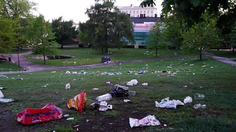 Sinebrycoffin puisto sunnuntaiaamuna ennen kello neljää.