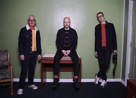 Tony McGuinness, Jono Grant ja Paavo Siljamäki.