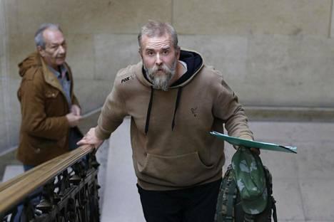 """Kristian """"Varg"""" Vikernes joutui oikeuden eteen Pariisissa rasistisista kirjoituksista epäiltynä syksyllä 2013. Aiemmin muusikko on tuomittu murhasta ja kirkonpoltoista."""