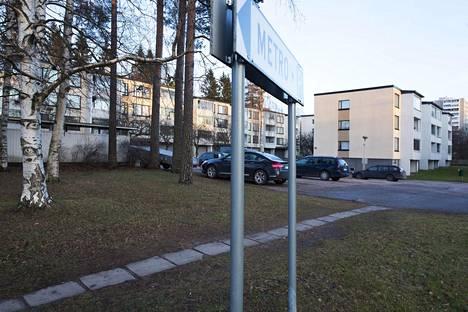 Purkavaa saneerausta on viritelty Helsingissä esimerkiksi Mellunmäessä. Innostuksen lisäksi vastustus on ollut suurta.