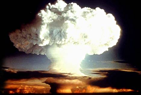 Yhdysvallat teki ydinkokeen vuonna 1954.