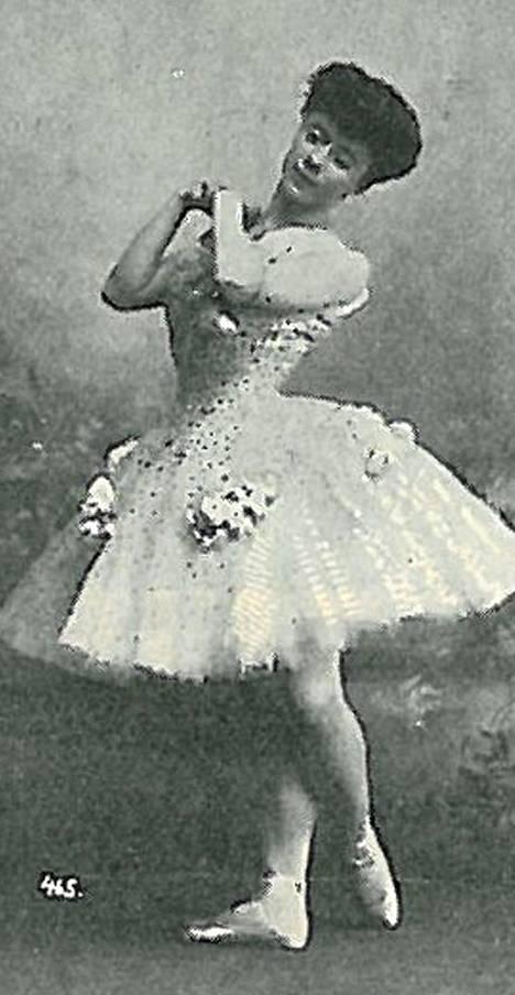 Venäjän Keisarillisen baletin tähtiballerina Olga Preobraženskaja. Kuva kirjasta Helsingin Kaiku.