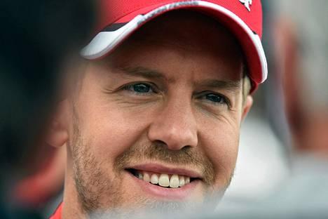Sebastian Vettelin kuuntelema musiikki mukailee sitä, mitä mies tarvitsee Mercedeksiä vastaan.