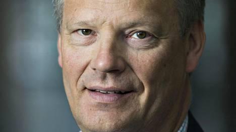 Euroedustaja Hannu Takkula toivoo, että Suomen eurojäsenyydestä syntyisi kiihkotonta keskustelua ilman vastapuolen leimaamista.