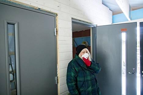 HS kertoi viime sunnuntaina Mari Vesalasta, joka rakennutti itselleen päästöttömän talon.