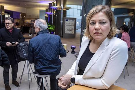 Kokoomuksen europarlamentaarikko Henna Virkkunen Brysselissä keskiviikkona.