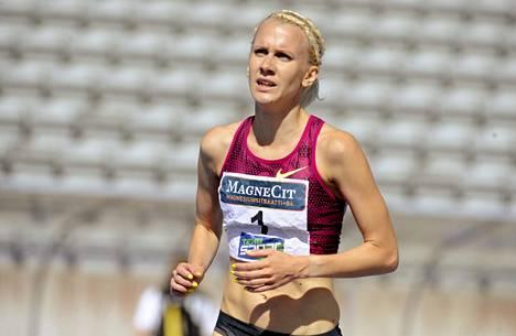 Sandra Eriksson otti Suomen toisen lajivoiton naisten esteissä.
