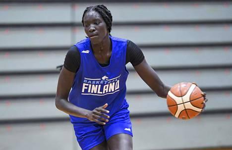 Awak Kuier arvioi tuovansa WNBA-joukkueeseensa kokoa ja kovuutta.