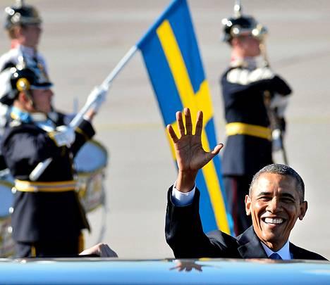 Yhdysvaltain presidentti Barack Obama saapui Tukholmaan Arlandan lentokentälle puolenpäivän aikaan.
