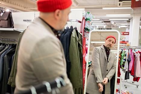 Joni Kopisto löysi SPR Kontista itselleen juuri sopivan takin hyvällä hinnalla.