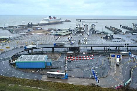 Doverin satama. Britannian vienti Euroopan unioniin romahti tammikuussa.