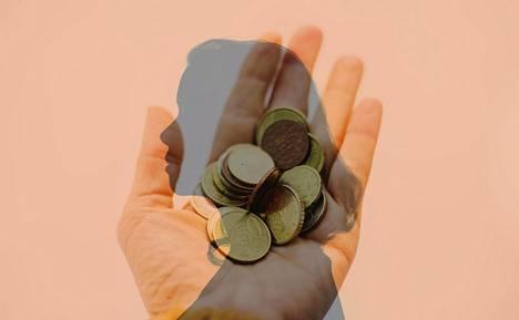 Nuoren on tärkeä oppia ymmärtämään, mistä rahaa tulee ja minne sitä menee.