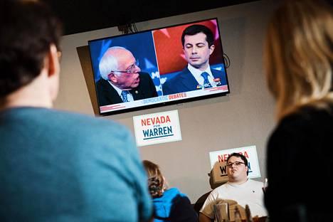 Bernie Sanders ja Pete Buttigieg olivat vain yksi väittelyn taistelupareista.