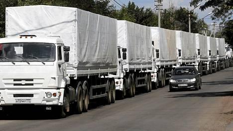 Venäläisten avustusrekkojen saattue ylitti perjantaina Ukrainan rajan ilman Ukrainan hallituksen lupaa.