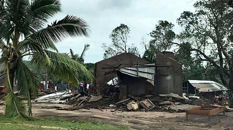 Pyörremyrsky on aiheuttanut tuhoja jo Macomian alueella Mosambikissa. Noin 30000 ihmistä on evakuoitu myrskyalueilta.
