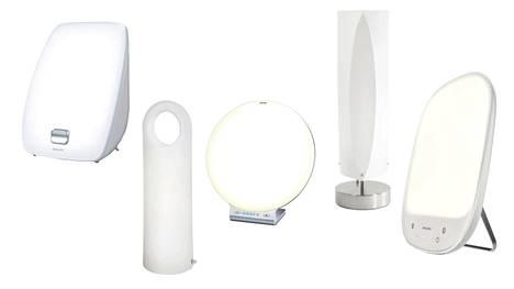 Kirkasvalolamppuja on runsaasti erilaisia.