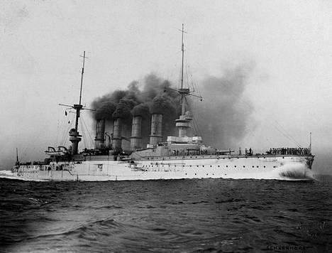 SMS Scharnhorst kuvattuna 1900-luvun alussa.
