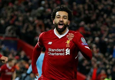 Mohamed Salah tuuletti Liverpoolin avausmaalia.