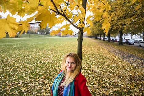 Kirjailija Katja Kettu.