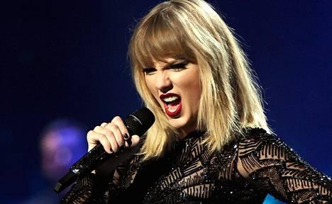 Taylor Swift esiintyi Houstonissa helmikuussa 2017.