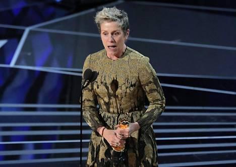 Three Billboards Outside Ebbing, Missouri -elokuvasta parhaan naispääosan Oscar-palkinnon saanut Frances McDormand peräänkuulutti puheessaan keskustelua naisten asemasta Hollywoodissa.