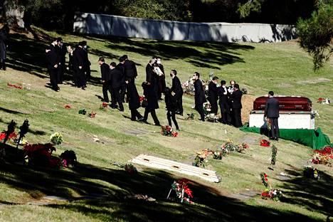 Hautajaisseremonia Glendalen kaupungissa Los Angelesin piirikunnassa Kaliforniassa toissa viikon tiistaina.
