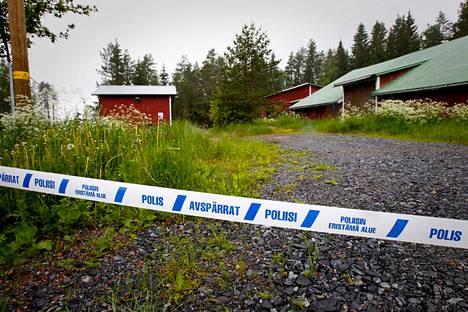 Kolme alle kouluikäistä lasta ja perheen isä kuolivat Pomarkun Tuunajärvellä kesäkuussa.