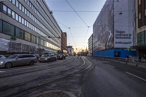 Pyörätien on määrä jatkua Hämeentien suunnasta kohti Pitkääsiltaa.