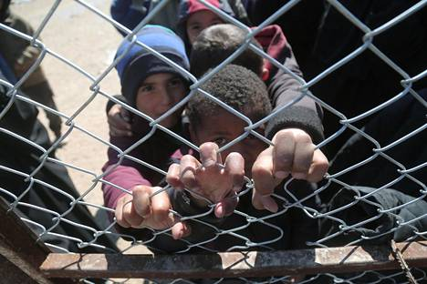 Lapsia al-Holin pakolaisleirillä Syyriassa viime maaliskuussa.