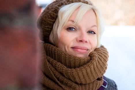 Maritta Lintunen jatkaa uudessa romaanissaan musiikin parissa.