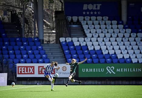 Myös jalkapallon Kansallinen liiga joutui aloittamaan kautensa tyhjien katsomoiden edessä. HJK ja JyPK kohtasi sarjan avauskierroksella Töölön jalkapallostadionilla eli Bolt-areenalla.