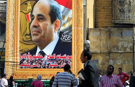 Kairossa oli keskiviikkona esillä suuri Abdel Fattah al-Sisin kuva.
