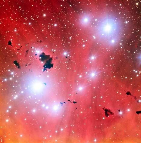 Tältä näyttää tähtihautomo uudessa ESO:n suuren teleskoopin kuvassa.