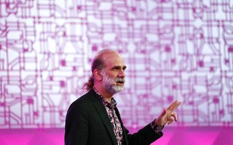 Harvardin yliopiston tutkija Bruce Schneier tulee lokakuussa Helsinkiin puhumaan kyberturvallisuudesta.