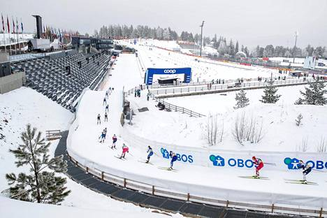 Viime viikonloppuna Norjassa Holmenkollenin maailmancupin hiihtokisojen katsomoihin ei päästetty yleisöä tartuntavaaran vuoksi.