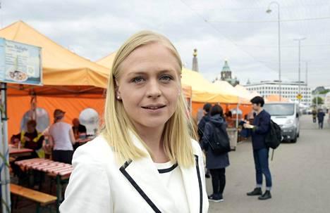 Kokoomuksen Elina Lepomäki julkisti puheenjohtajavaaliohjelmansa.