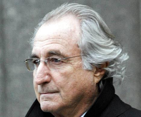 Pankkiiri Bernard Madoff kärsii 150 vuoden vankeusrangaistusta.