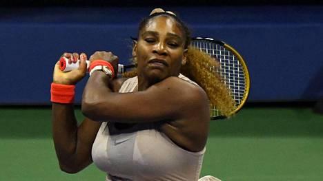 Serena Williamsin ennätysjahti siirtyy ensi vuodelle.